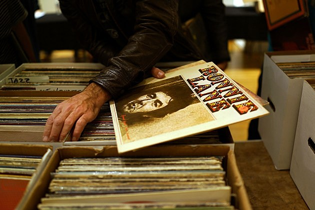 Record Sale in New York City, Spencer Platt, Getty Images