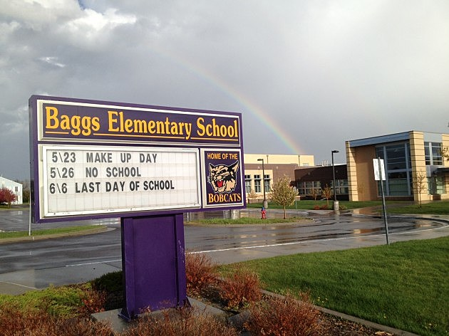 Baggs Elementary School Sign