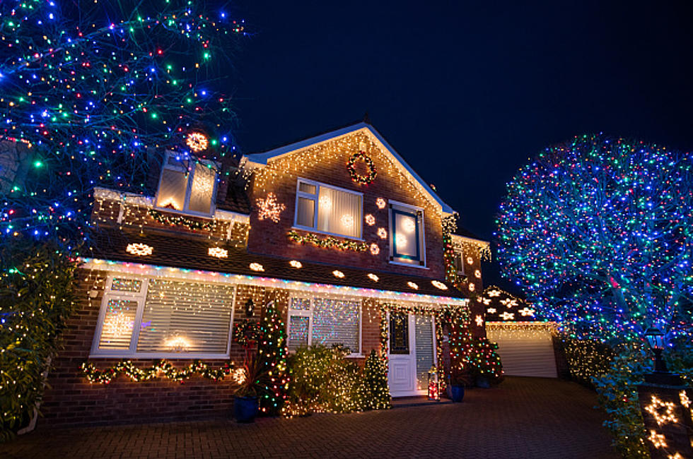 how many people in your neighborhood still have christmas lights up poll